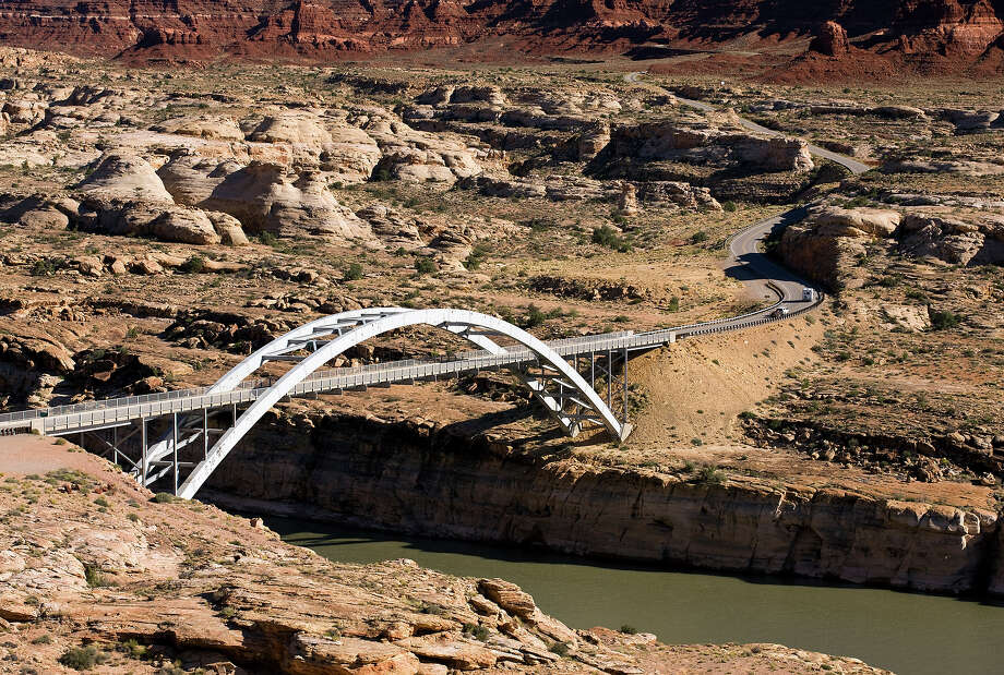 2.2% of Nevada bridges are deemed structurally deficient. Photo: Gary Yeowell, Getty Images / (c) Gary Yeowell