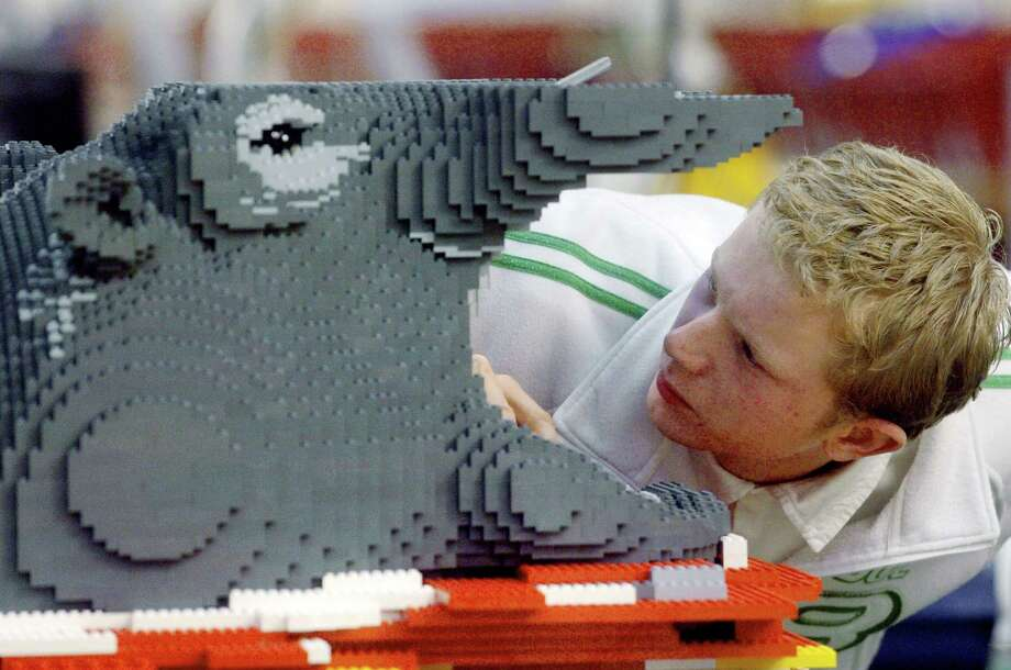 A Lego employee models an hippopotamus head on December 13, 2006 in Lego's factory, in Kladno, Czech Republic. Photo: MICHAL CIZEK, AFP/Getty Images / 2011 AFP