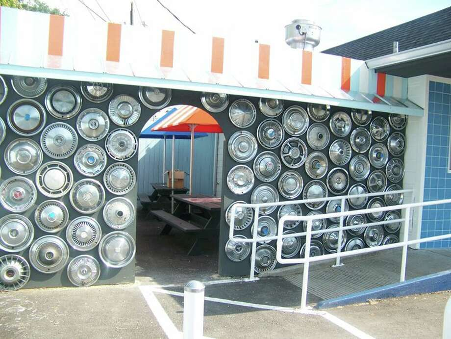 Willy Burger's patio. cat5 file photo
