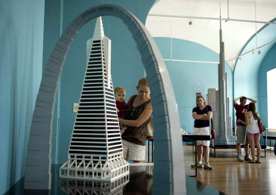 "Tourists visit the National Building Museum's exhibit ""Lego Architecture: Towering Ambition"" in Washington, D.C., on August 10, 2010. Photo: JIM WATSON, AFP/Getty Images / AFP"