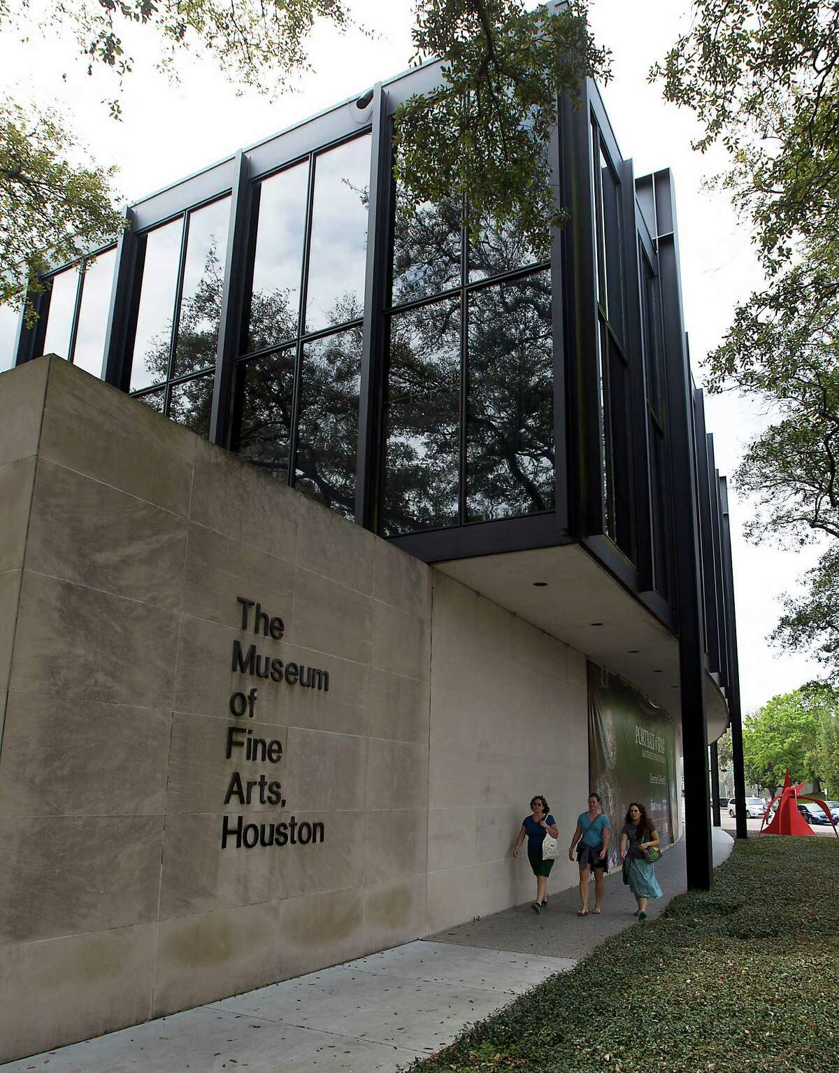 Museum of Fine Arts, Houston: Luminous watercolors by John Singer Sargent, a stunning retrospective of paintings and collages by Georges Braque (who invented Cubism and collage with Picasso but kept at them longer), exquisite permanent collections and James Turrell's mind-bending tunnel,