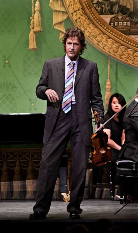 Geoff Nuttall, director for chamber music at the Spoleto Festival USA, is known for his quirky behavior and penchant for interacting with the audience. Photo: Anne McQuary, STR
