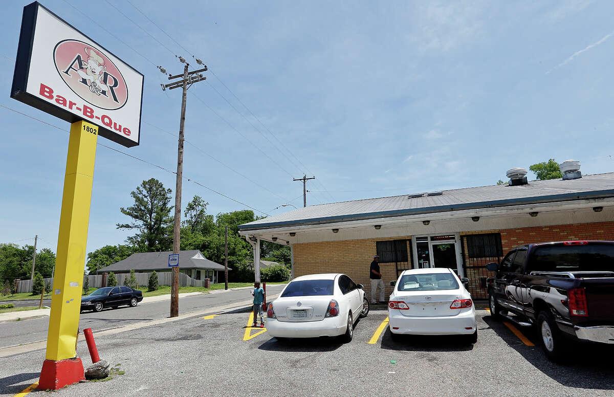 A view of A&R Bar-B-Que Thursday May 23, 2013 in Memphis, Tenn.