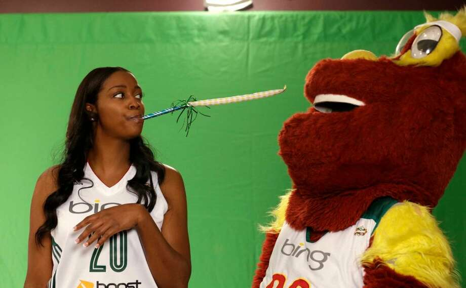 Camille Little | 20 | forward Age: 28 | Birthplace: Winston-Salem, N.C. | WNBA experience: 6 years