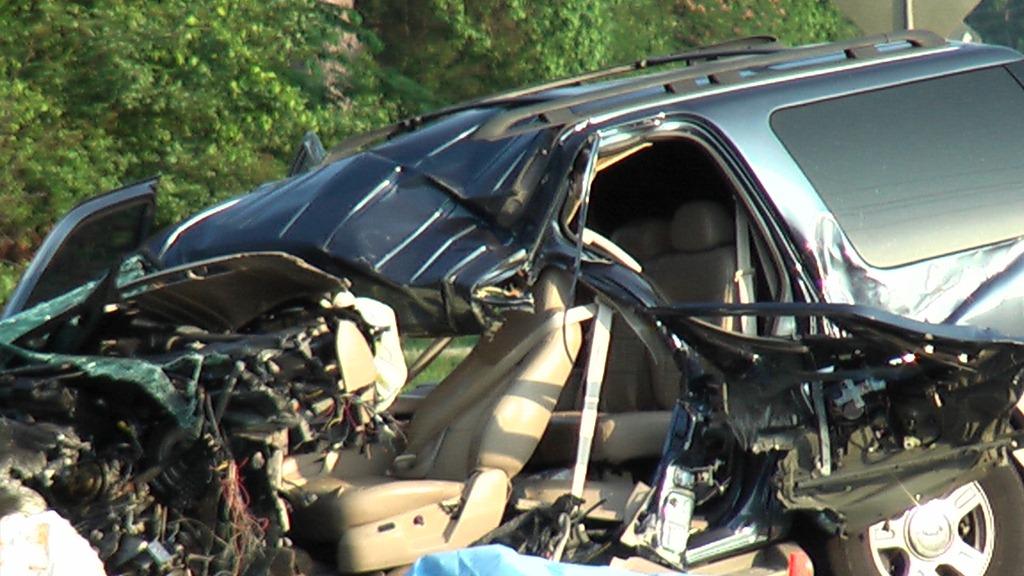 conroe woman killed in 3car crash houston chronicle