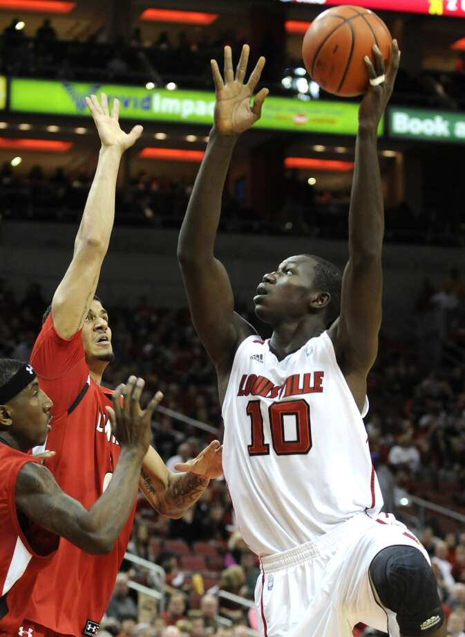 20. Chicago - Gorgui Dieng, C/F, Louisville