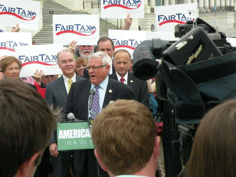 Rep. John Carter, R-Round Rock, calls for President Obama and George Soros to pay the same tax rate as working Americans.
