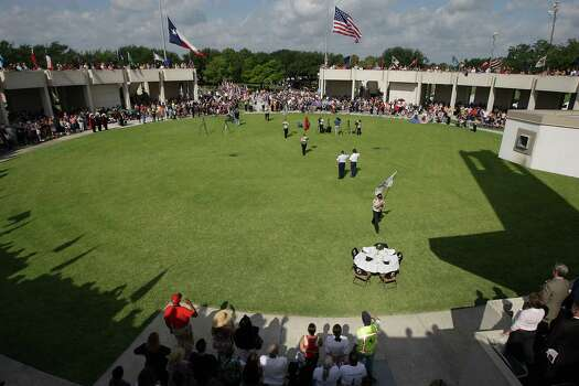 The Presentation of the Colors during the Houston National Cemetery Memorial Day Service Monday, May 27, 2013, in Houston. Photo: James Nielsen, Houston Chronicle / © 2013  Houston Chronicle