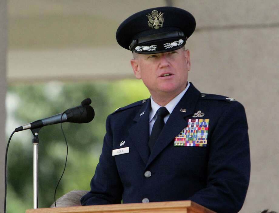Houston National Cemetery Memorial Day Service Keynote speaker United States Air Force Colonel Kurt L. Leslie speaks Monday, May 27, 2013, in Houston. Photo: James Nielsen, Houston Chronicle / © 2013  Houston Chronicle