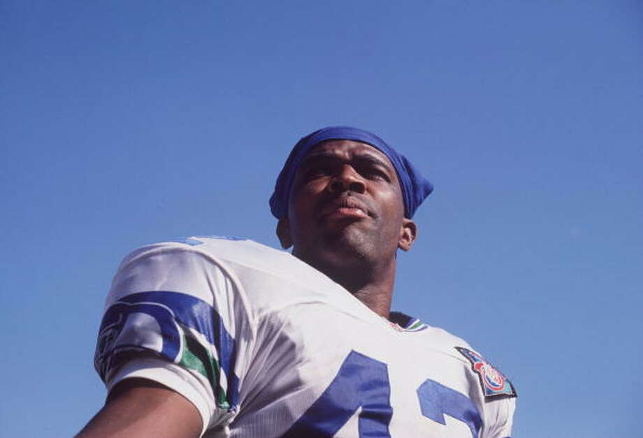 Running back: Chris Warren (1990-97)Pro Bowl: 1993, '94, '95 | All-Pro: no  Four-straight seasons with 1,000 or more rushing yards. A 15-touchdown season in 1995. Eight years as a Seahawk. Warren undoubtedly deserves a spot on this ''dream team.'' In his career with Seattle, he tallied 6,706 rushing yards and 44 touchdowns on the ground, plus three more through the air. Warren retired after the 2000 season, having finished his NFL career with the Cowboys and Eagles.  Photo: Al Bello, Getty Images / Getty Images North America