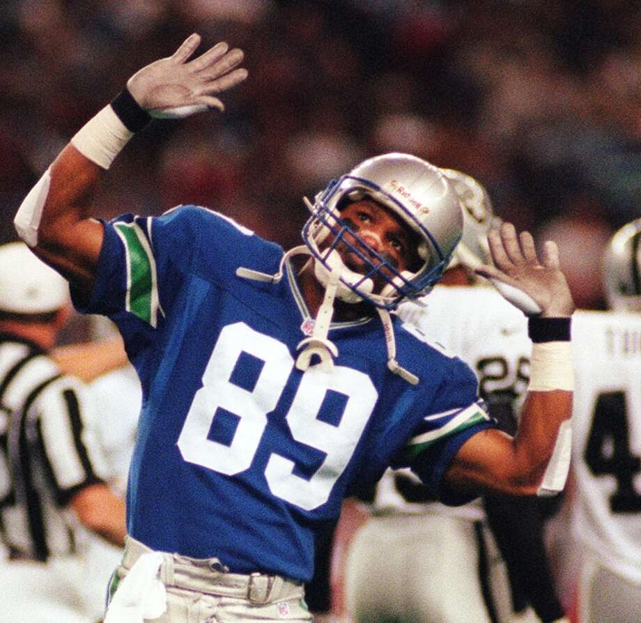 Wide receiver: Brian Blades (1988-98) Pro Bowl: 1989 | All-Pro: no  This prolific receiver found a home in Seattle for all 11 of his years in the NFL. He had three seasons with more than 1,000 receiving yards, including his Pro Bowl year in 1989 when he had 1,063 yards and five touchdowns. Blades retired after 1998, having collected 7,620 receiving yards and 34 TDs over his career.