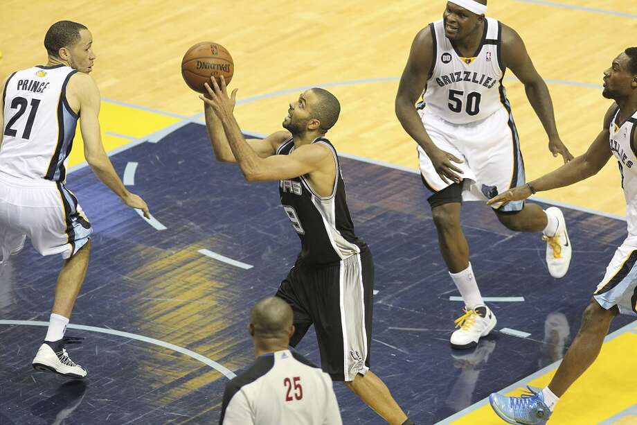 Spurs' against Memphis Grizzlies' in Game 4 of the 2013 Western Conference Finals at the FedEx Forum in Memphis on Monday, May 27, 2013. (Kin Man Hui/San Antonio Express-News)