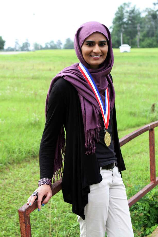 Niha Zafar with her Gold Medal courtesy photo