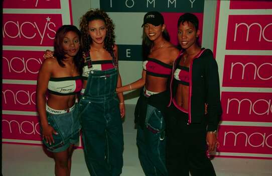 How exactly do overalls stay up without the shoulder straps?  (Photo by Time & Life Pictures/Getty Images) Photo: Time & Life Pictures, Time Life Pictures/Getty Images / Time & Life Pictures