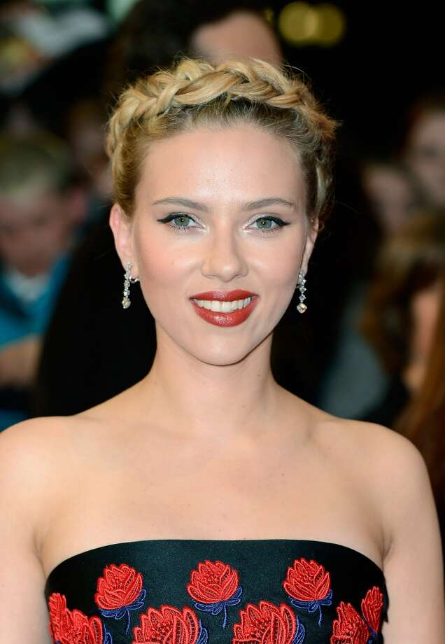 Better remembered for donning a painted-on black bodysuit in The Avengers, ScarJo was named a frontrunner to play Hillary in the upcoming film about her early life.