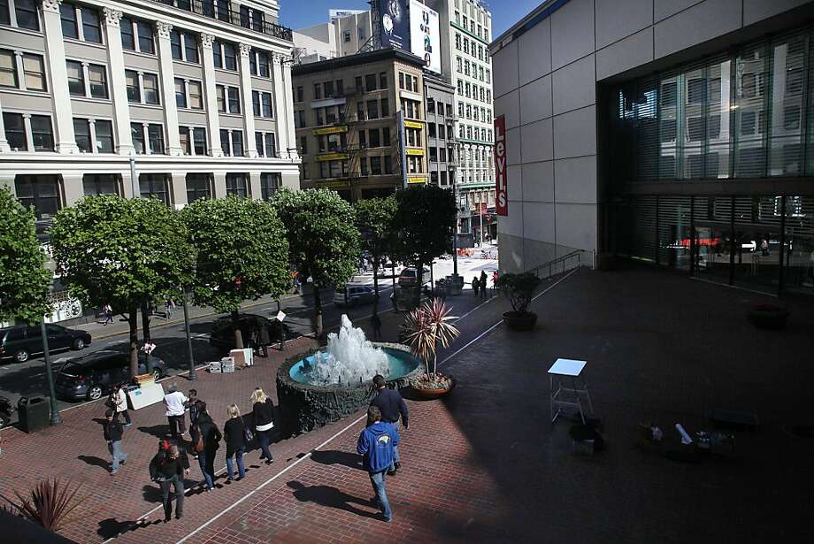 Apple's plans seem to constrict this broad plaza - and there's no sign of its popular fountain.