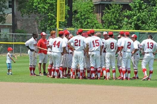 Baseball: Tomball faces Foster with state berth on line ...