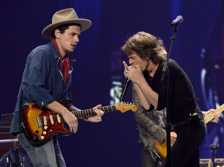 Musician John Mayer (L) performs with musician Mick Jagger of The Rolling Stones onstage during the Rolling Stones '50 & Counting' tour at Honda Center on May 15, 2013 in Anaheim, California.  (Photo by Kevin Winter/Getty Images)