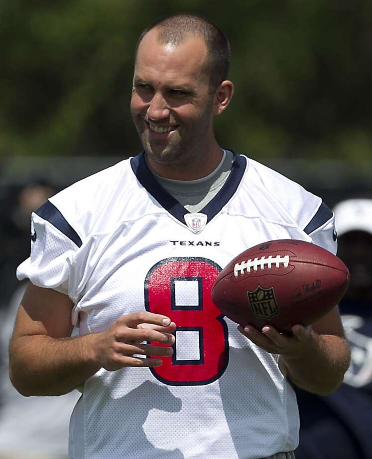 Texans quarterback Matt Schaub smiles during Tuesday's workout.