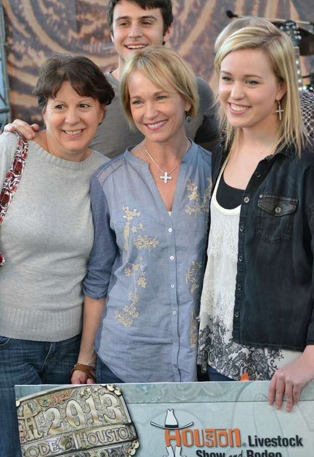 Tori McClure with mom, center, and friend at the 2013 Rodeo Rockstar competition. Photo: RodeoHouston