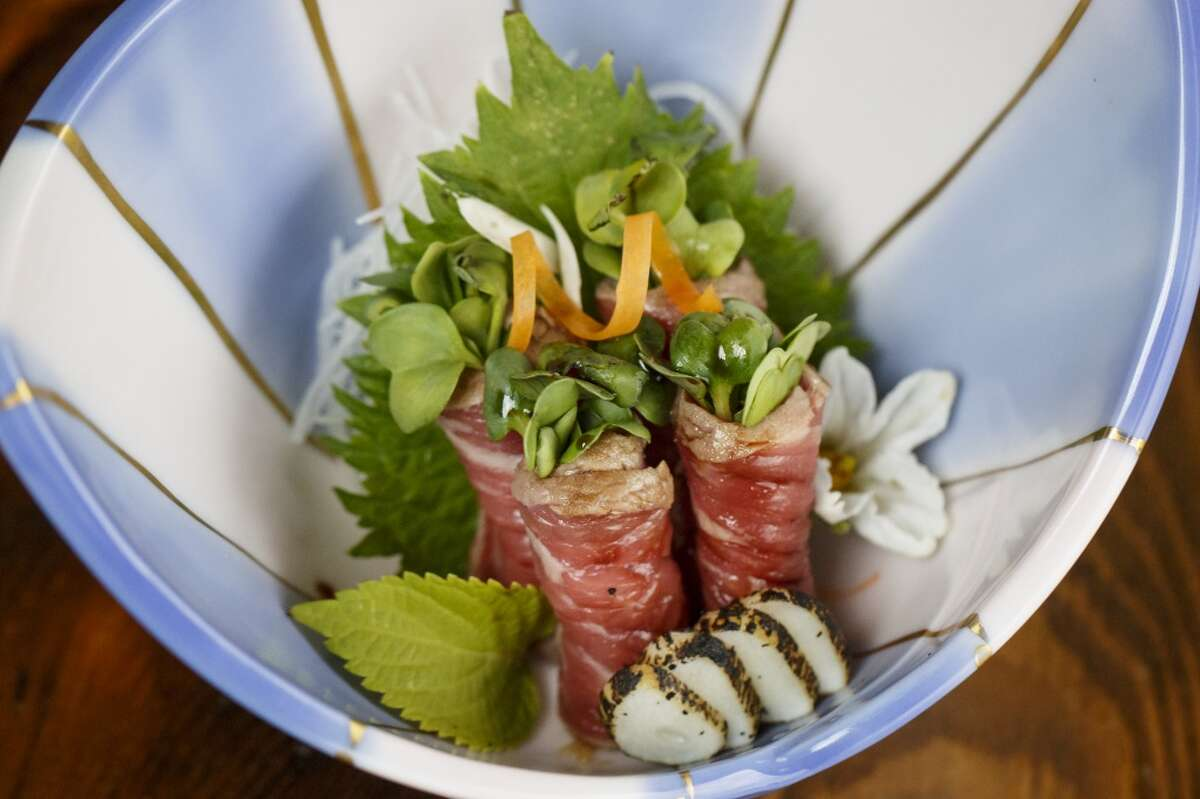 Beef Tataki Kaiware with Seared Garlic and Ponzu Sauce at MF Sushi. ( Michael Paulsen / Houston Chronicle )