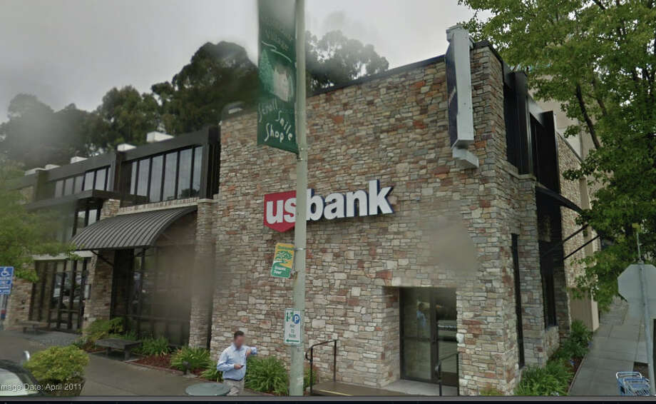 The U.S. Bank branch in the Montclair District of Oakland where Linda Foss was bank manager until March. Photo: Google Maps