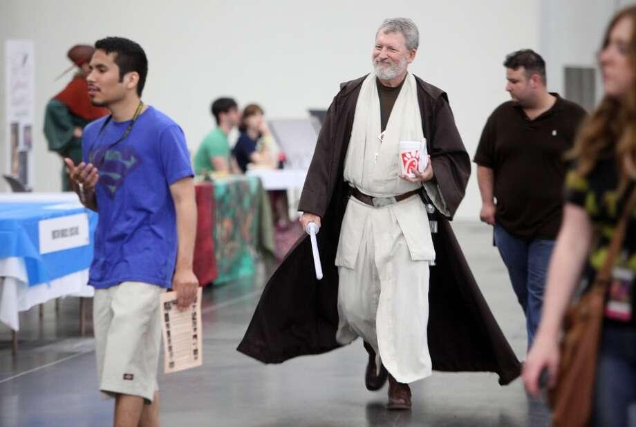 """Paul Mooney, as """"Ben Kenobi"""", grabs lunch."""