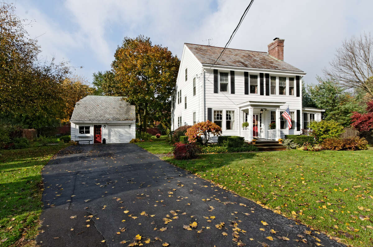 House of the Week: 65 Berkshire Drive, East Greenbush | Realtor: Peggy Evans at Weichert Realtors | Discuss: Talk about this house