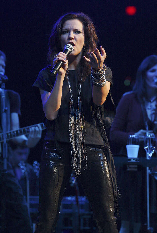 "Martina McBridecanceled a performance at SeaWorld because of the controversial film ""Blackfish."" Photo: Edward Ornelas / San Antonio Express-News"