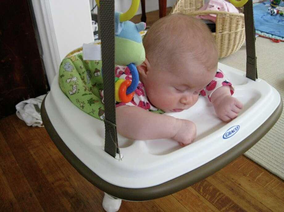 This swing makes me so sleepy! Photo: Britt-alamo