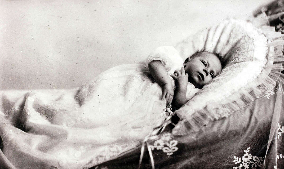 British Royalty, 1926, HRH Princess Elizabeth daughter of The Duke and Duchess of York, pictured as a very young baby in 1926.