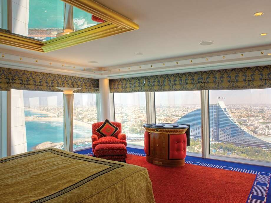 And nearly all rooms have incredible views of the Gulf, desert, or city.Source: Business Insider Photo: Business Insider