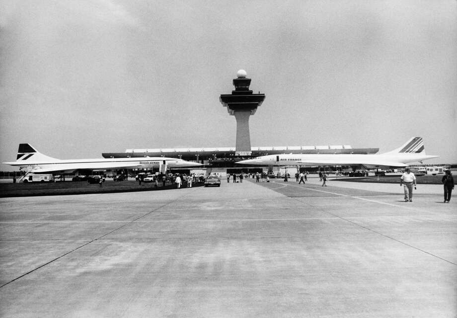 British Airways and Air France Concordes are parked at Washington Airport on May 27, 1976, after their first flights to the U.S. Photo: KEYSTONE FRANCE, Gamma-Keystone Via Getty Images / KEYSTONE FRANCE