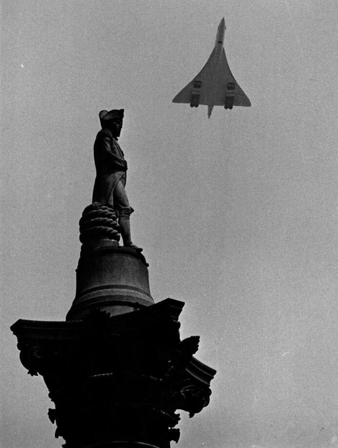 Concorde 002 flies over Nelson's Column in London's Trafalgar Square on June 14, 1969. Photo: Central Press, Getty Images / Hulton Archive