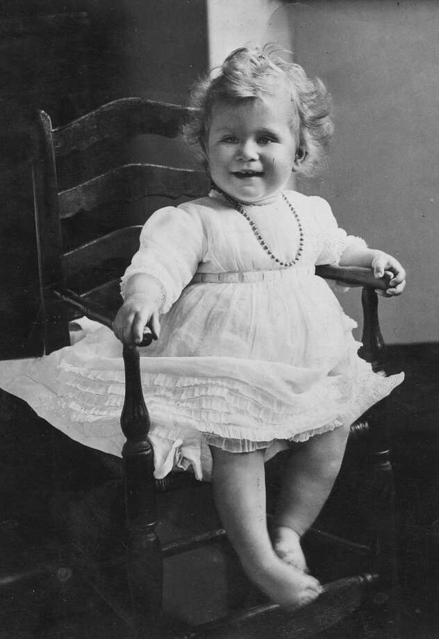 A portrait of Princess Elizabeth, daughter of the Duke and Duchess of York in 1927. Photo: Hulton Archive, Getty Images / Hulton Royals Collection
