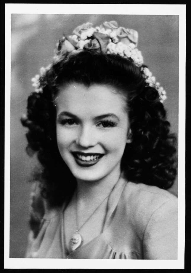 A teenaged dark-haired Norma Jeane Baker, future film star Marilyn Monroe (1926 - 1962), circa 1941. (Photo by Silver Screen Collection/Hulton Archive/Getty Images) Photo: Silver Screen Collection, Multiple / 2006 Getty Images