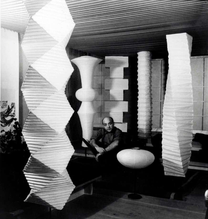 noguchi 39 s light sculptures have become modern classics. Black Bedroom Furniture Sets. Home Design Ideas