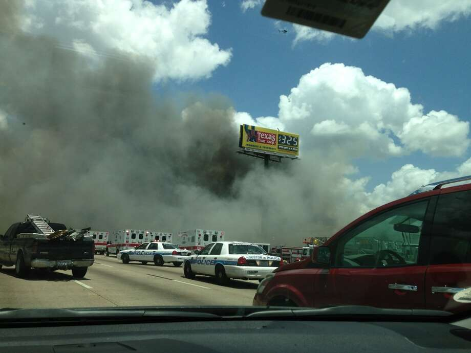 Houston fire Photo: Houston Chronicle