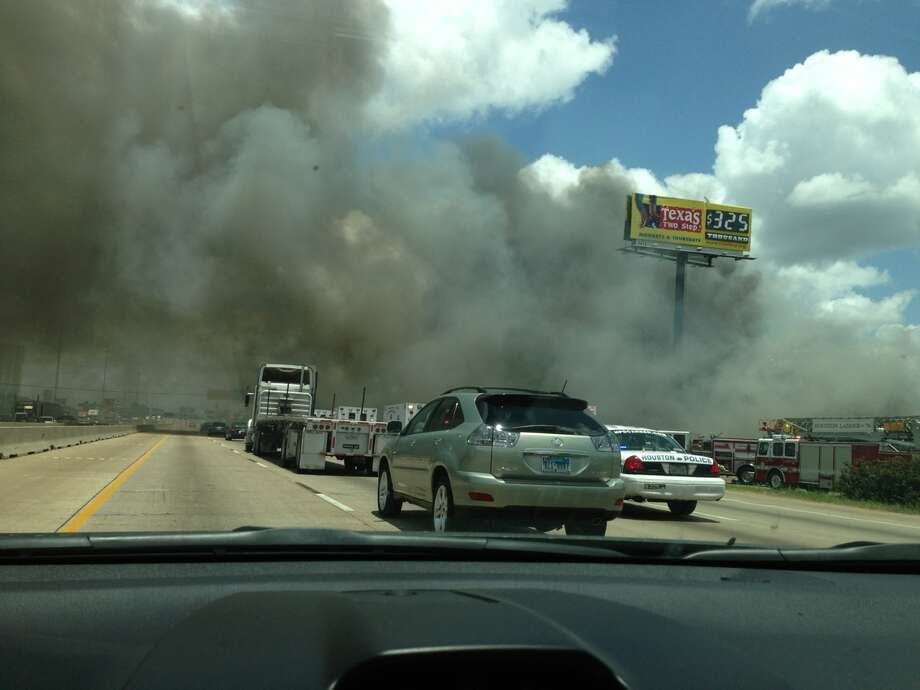 Houston fire Photo: Houston Chronicle