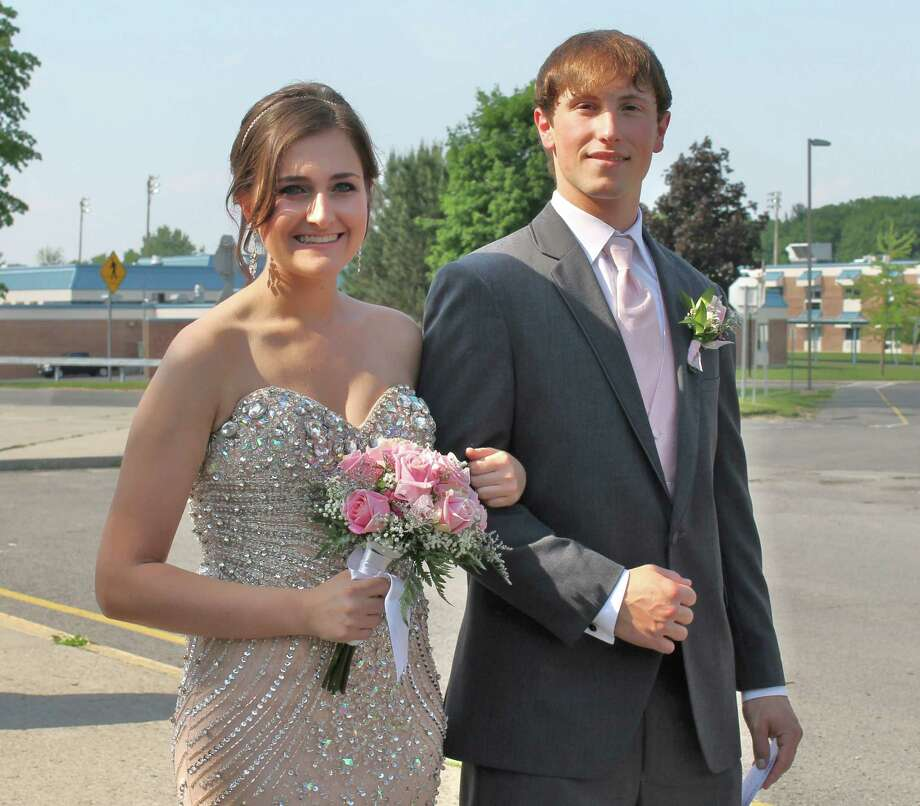 Were you Seen at the Mohonasen High School Senior Prom at the Hall of Springs in Saratoga on Friday, May 31, 2013? Photo: Alex Luciano