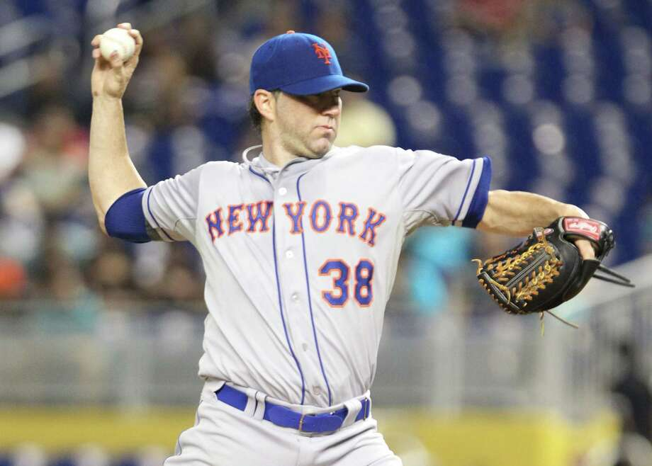 MIAMI, FL - MAY 31:  Pitcher Shaun Marcum #38 of the New York Mets throws against the Miami Marlins during the first inning at Marlins Park on May 31, 2013 in Miami, Florida.  (Photo by Marc Serota/Getty Images) Photo: Marc Serota