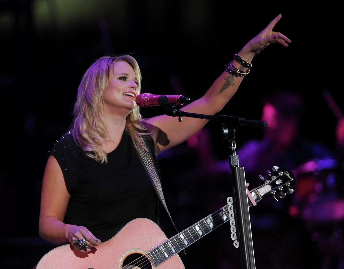 MIranda Lambert plays before George Strait's