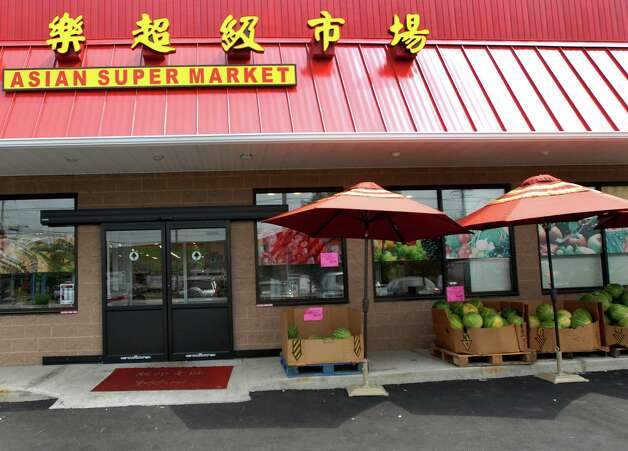 New Asian market in Colonie is large,