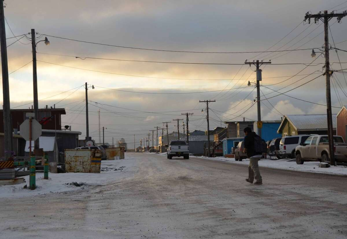Alaska has 1,196 bridges, 24 percent of which are considered structurally deficient or functionally obsolete. Alaska has 16,674 miles of public roads, 6 percent of which are in poor condition.