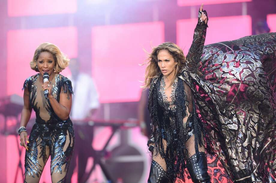 "LONDON, ENGLAND - JUNE 01:  (L-R)  Mary J Blige and Jennifer Lopez perform on stage at the ""Chime For Change: The Sound Of Change Live"" Concert at Twickenham Stadium on June 1, 2013 in London, England. Chime For Change is a global campaign for girls' and women's empowerment founded by Gucci with a founding committee comprised of Gucci Creative Director Frida Giannini, Salma Hayek Pinault and Beyonce Knowles-Carter.  (Photo by Ian Gavan/Getty Images for Gucci)"