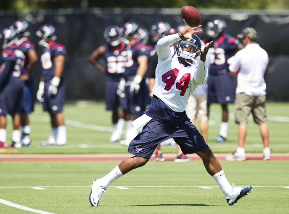Texans running back Ben Tate catches a pass