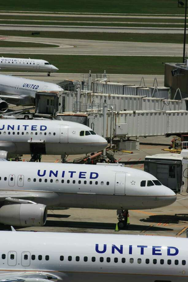 United will offer an annual subscription for better seats or prepaid checked-baggage charges.  Photo: Bill Montgomery
