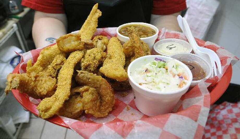 The large seafood plate at Captain Ron's Seafood. Dave Ryan/cat5