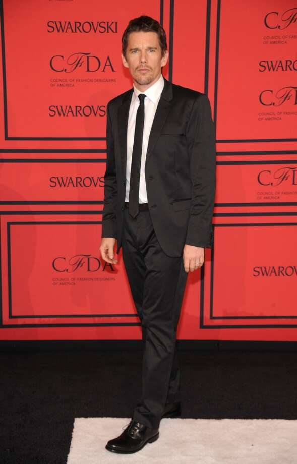NEW YORK, NY - JUNE 03:  Actor Ethan Hawke attends 2013 CFDA FASHION AWARDS Underwritten By Swarovski - Red Carpet Arrivals at Lincoln Center on June 3, 2013 in New York City.  (Photo by Bryan Bedder/Getty Images for Swarovski)