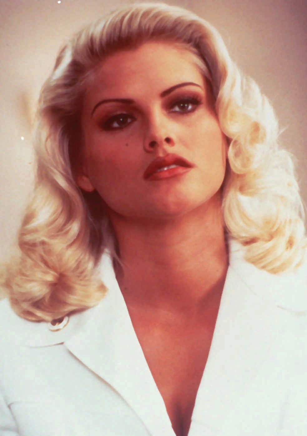 Ten Years Ago, Anna Nicole Smith Died, Yet Her Fame And Legacy Lives On - Houston -4495